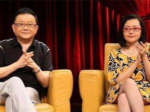 王刚妻子近照曝光 结婚时遭反对如今老来得子婚姻幸福