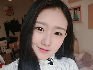 高考袁雨萱第一名上戏 家庭背景曝光开跑车