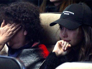 Baby和婆婆同框 两人现场泪流满面Baby哭到鼻子变形