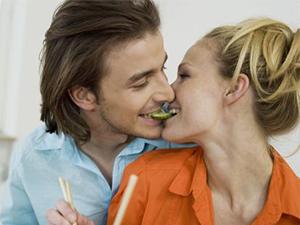 吃撑了不消化怎么办 吃撑了也能引发疾病急需注意
