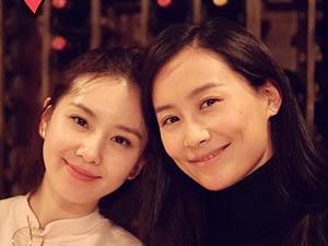 陈法拉刘诗诗合照 两人玩得不亦乐乎整容失败的拉妹却吓死人