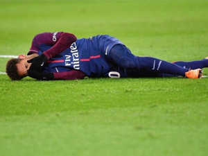 巴黎宣内马尔扭伤 最新伤情曝光相当严重无