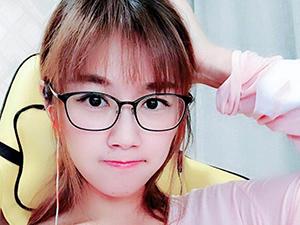 张翔玲为什么叫小苍 清纯女神被性丑闻害惨