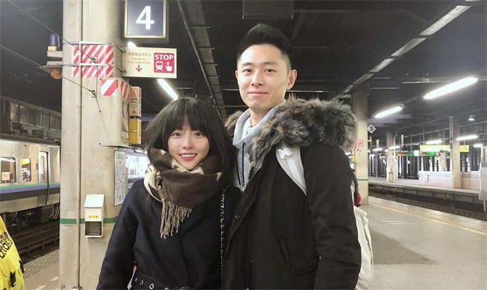 张嘉倪和老公相差几岁 俊男美女很般配男方身家背景震惊众人