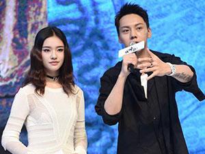 陈伟霆现身青岛宣传新剧 曾自爆与林允吻戏细节引围观