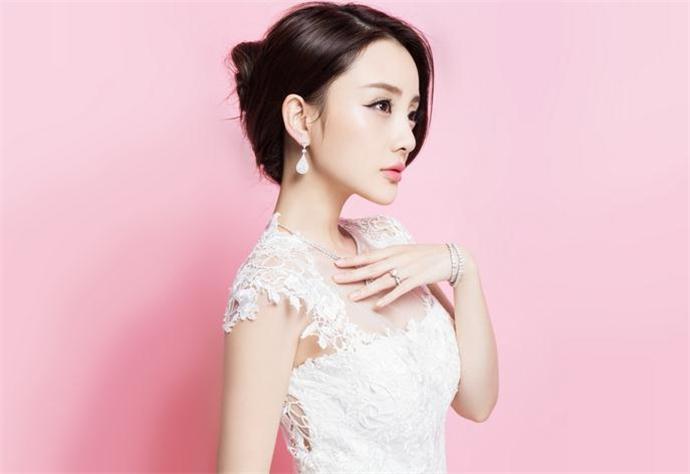 中国胸最大的女明星