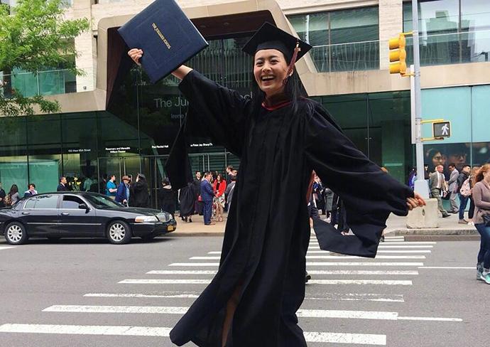 陈法拉毕业