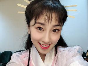 张小婉个人资料 喜剧新人撞脸刘敏涛详细资