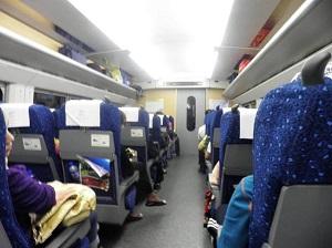 火车又现霸座女是什么回事 对此类人严肃处理方法是如何