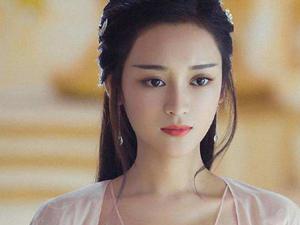 王一菲解约是真的吗 她与杨幂闹掰原因被曝