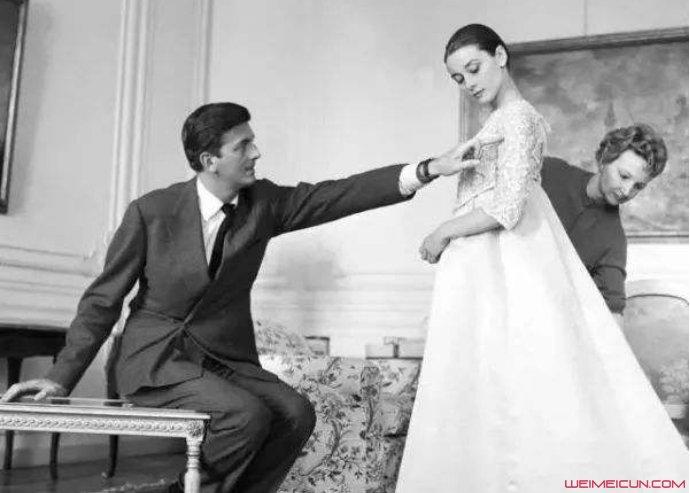 纪梵希创始人的爱情故事令人好奇