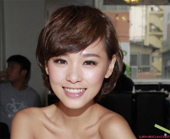 香港嫩模罗彩玲个人资料