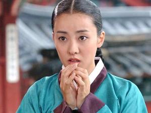 朴恩惠离婚真正原因 连生女神得抚养权早年