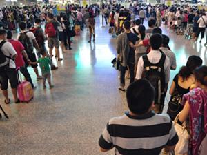 首都机场迎黄金周 十一黄金周惊人数据半个
