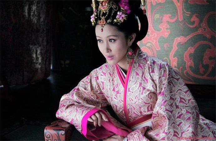 袁志博和倪虹洁太像了