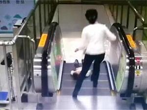 男童差1秒坠落怎么回事 详细经过曝光既惊险又感人