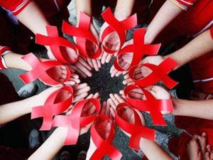 老年艾滋病上涨是怎么回事 想不到这个行为也威胁到老年人