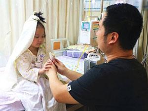 女童病房里嫁给爸爸 详情细节曝光背后原因令人泪目