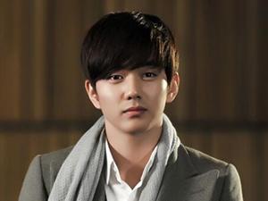俞承豪在韩国人气地位怎样 有颜有演技的他