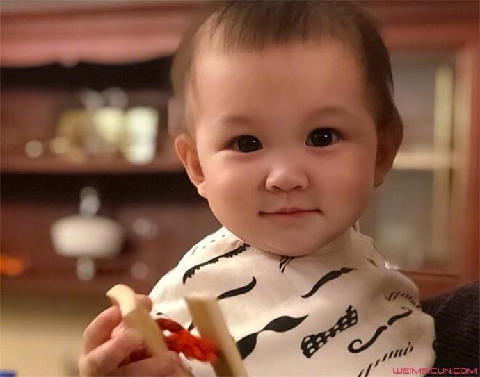 曹云金女儿照片
