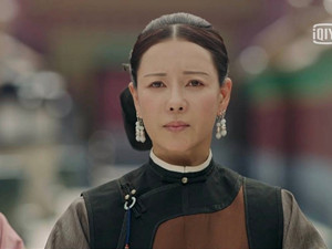 何佳怡的老公是谁 何佳怡与杨子姗撞脸低调