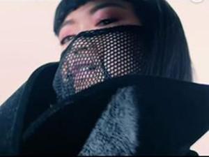 jasmine楚晴真实样貌 取下电焊面具的她长得