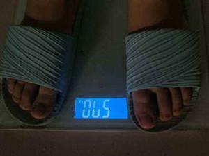 全班寒假前称体重怎么回事 老师出于啥目的胖了接受处罚