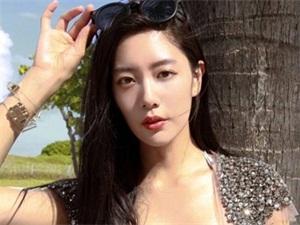 亚洲第一美女李成敏图片 身材凹凸有致外加