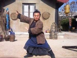 贾海涛个人资料起底 135CM身高的他老婆却是