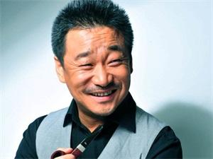 演员王景春有胸毛吗 个人资料被揭诱骗粉丝