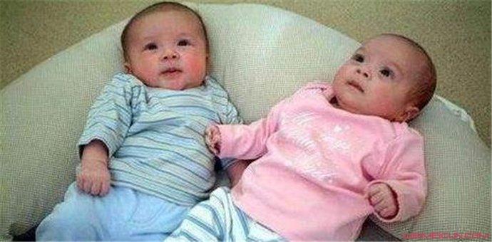 梁洛施双胞胎是脑瘫吗