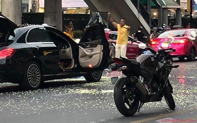 曼谷现惊恐一幕