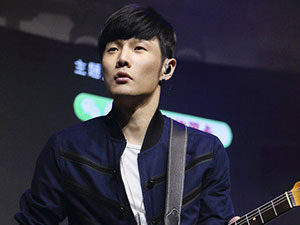 李荣浩想剧透复联4被怼 发文透露4大讯息藏有惊喜