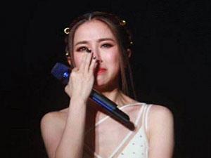 邓紫棋哭了怎么回事 邓紫棋演唱会为什么哭了曝事情经过