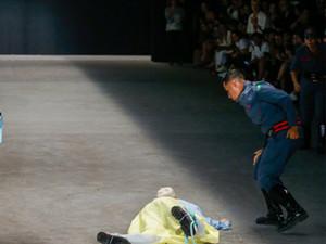 男模走秀当场猝死怎么回事 生前还发生这一幕详情令人震惊