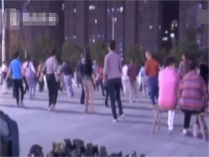 跳广场舞掉出子宫 事件始末经过详情曝光令人意想不到