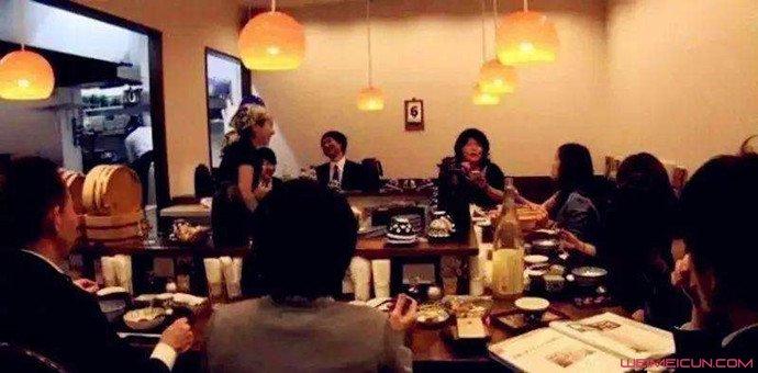 餐厅直播食客吃饭 出声制止却得到这种回应详情曝光