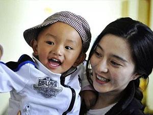 范冰冰素颜做公益 范爷西藏十年之行却被质疑令人心寒