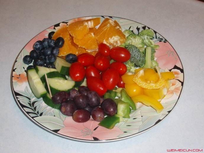 水果伊甸园的午餐