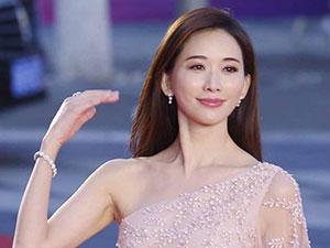 林志玲否认改名 剪短发穿和服改名字林志玲