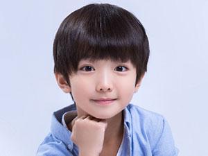 银河补习班童年马飞是谁演的 6岁萌娃冯泽昂