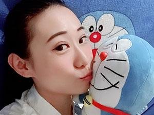 女相声演员殴打同事 王小遒因搭档一句话暴
