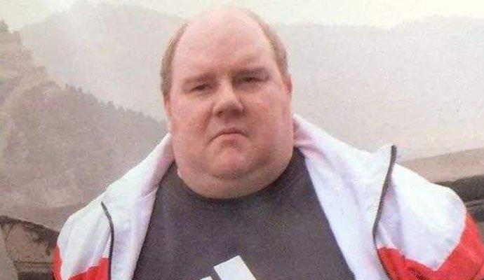 英国男子减95公斤