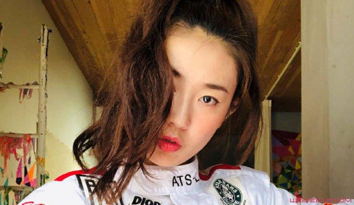 袁巴元微博唯一关注女子