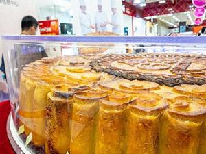 730斤月饼现身上海 这样大的月饼是怎么制作出来的揭秘