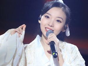 中国好声音田颖个人资料 音乐专业出身也是校花级别人物