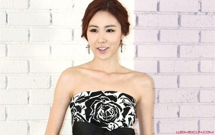 简美妍结婚了