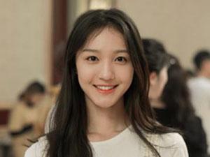 湖南卫视刘露是谁 女星刘露大闹火车站态度