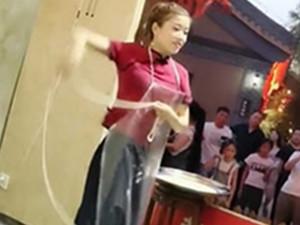 东雪媛个人资料 甩面女孩走红网络优美舞姿引围观