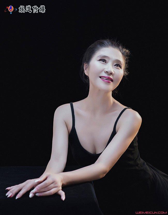 走进著名舞蹈家夏冰的舞蹈世界——《山鼓咚咚》艺术鉴赏